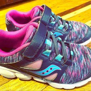 Saucony kotaro 4 girls sneakers
